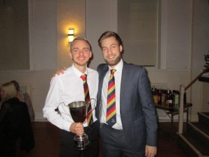 Rob Kennett receives the 2018 2nd XI Team Award from 2nd Team Captain Nick Page